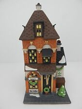 Dept 56 Christmas in the City Potter's Tea Seller #58807 Never Displayed
