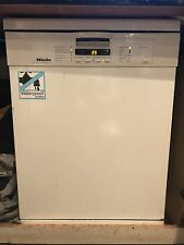 Dishwasher Miele, white, excellent condition, excellent price,Cutlery Tray.