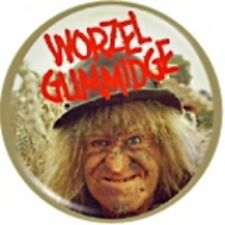 Worzel Gummidge Scarecrow Pin Badge Retro 1980s TV NEW