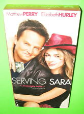 Serving Sara VHS Matthew Perry Elizabeth Hurley Bruce Campbell 2003 Comedy Movie