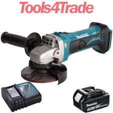 Makita DGA452Z 18V 115mm Angle Grinder With 1 x 3.0Ah BL1830 Battery & Charger