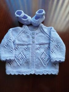 HAND KNITTED  BABY (CARDIGAN) MATINEE COAT/ SHOES / BOOTIES 0 -3 MONTHS