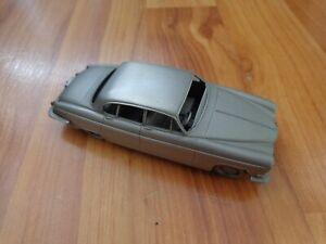 DANBURY MINT 1/43 CLASSIC 1966 JAGUAR 420G PEWTER MODEL CAR