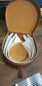 Vintage Leather Collar Box With Collars in good condition