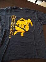 Camiseta Atletismo Talla M azul oscuro estampado en amarillo Puja 2 días en casa