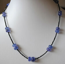 Natur Tansanit Halskette mit schwarzen Spinell Steinen, Edelstein Kette