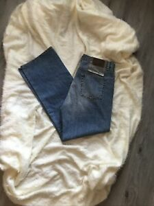 Lacoste Jeans NWT Size 36 Classic Fit Zip Fly