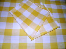 NAPPE SERVICE DE TABLE CARREAUX JAUNES 155 X305  + 12 SERVIETTES SUPER PROMO
