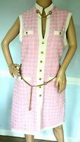 $4,980.00 GUCCI Short Pink Tweed Dress with Tiger Head Chain Belt IT 44 / US 8