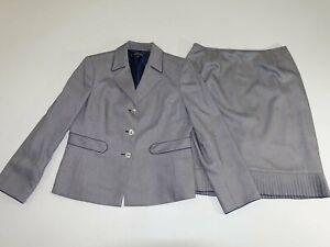 Kasper Women's Skirt Suit Size 12 Petite Light Gray 100% Polyester 3 Button EUC