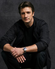 Fillion, Nathan [Castle] (41381) 8x10 Photo