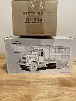 1960 Model B-61 Mack Blue Diamond Dump Truck Diecast 1/34 First Gear 19-1834