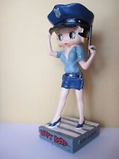 collection figurine BETTY BOOP  agent de police