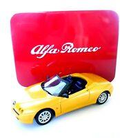 Alfa Romeo Spider (1995) -  Solido 1:43