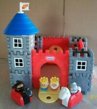 Little Tikes Vintage Wee Waffle Castle 48 pieces Complete