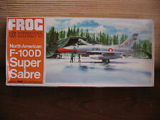 MAQUETTE 1/72 VINTAGE FROG REF F NORTH AMERICAN F-1OOD SUPER SABRE AVION