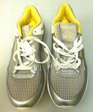 REEBOK  sz 8 WOMENS RUNNING SNEAKERS - 3D ULTRALITE - MULTI COLOR - NWOB SHO-10
