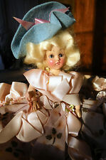 "Poupée vintage Martha WASHINGTON ""DOLLS OF ALL NATIONS"" 1950's"