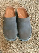 strive gray suede leather mules clogs mens 10.5 11 US slides