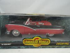 1:18 ERTL #7258 1956 Ford Sunliner 1956 red / Negro - RAREZA§