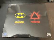 NECA NYCC 2019 Batman vs Predator NEW Sealed Free Shipping