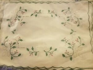 6 EMBROIDERED CHRISTMAS HOLLY BERRY NAPKINS & 6 PLACEMATS IMPERIAL ELEGANCE