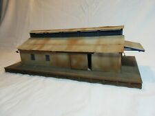 HO SCALE KITBASHED METAL ROOF STORAGE / WAREHOUSE BUILDING