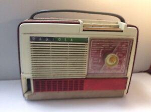 Poste Radio Transistor Vintage.RADIOLA. Années 60