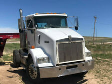 2000 Kenworth T800 S/A 385hp cat/10spd/cruise control/ air ride / Rv toter
