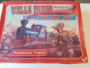 VINTAGE  WELLS FARGO TRAIN SET..NO BATTERY..SELLING FOR PARTS
