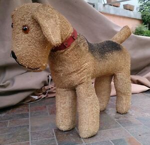 EARLY 1930's BURLAP AIREDALE TERRIER DOG GLASS EYES WOOD WOOL WITH SQUEAKER TAIL