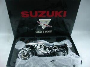 WOW EXTREMELY RARE Suzuki GSX1100S Katana 1982 Silver 1:12 Wit's-Minichamps