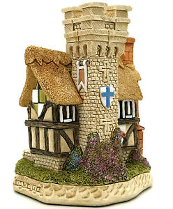 David Winter Cottages The Refectory 2000 King Arthur D1125 COA Perfect Condition