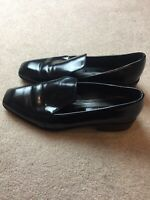 Zara black patent leather loafers Flat shoes size 39