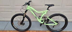 Norco Downhill Mountain Bike dual suspension, disc brakes, Maxxis 2.5 tyres