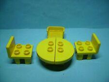 Lego Duplo Tisch mit Stühlen,  # D1