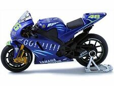 1:18th Scale Yamaha Moto GP 04 Rossi Maisto 31543