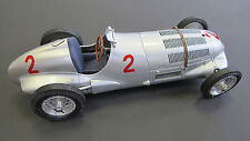 CMC 1/18 Mercedes-Benz W125, GP Donington Hermann Lang #2 ITEM: M-114
