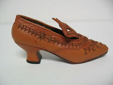 Just The Right Shoe 1 Courtly Riches 25040 Miniature Collectables