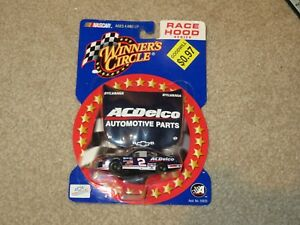 Action Winners Circle Race Hood Series AC Delco #2 Kevin Harvick 1:64 MOC 2001