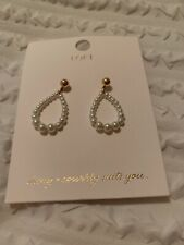 $29.50 Loft Gold Tone  Pearl  Hoop Earrings D11