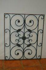 grille décorative en fer forgé
