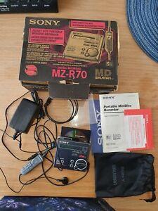 SONY WALKMAN MINIDISC MD PLAYER / RECORDER MZ-R70 MINI DISC FULL METAL BODY