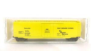 Kadee Micro Trains N Seaboard Fruit Growers (FGE) 50' Std Plug Door Boxcar 32070