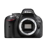 Near Mint! Nikon D5200 24.1 MP Digital SLR Body Black - 1 year warranty