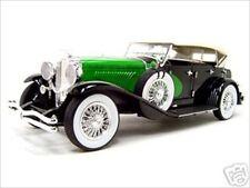 1934 DUESENBERG MODEL J BLACK/GREEN 1/18 DIECAST MODEL BY SIGNATURE MODELS 18110