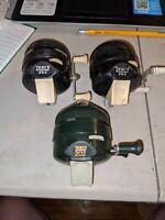3 VINTAGE ZEBCO 202 FISHING REEL reels lot USA metal foot reels