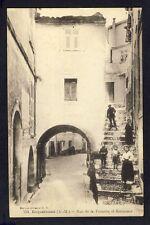 Carte Postale Ancienne 06 - ROQUEBRUNE CAP MARTIN Rue de la FONTAINE et SOUBRELA