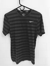 NIKE Tailwind DRI FIT Short Sleeve Striped Men Running Shirt Small gray blue