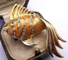 Sweet Vintage Crystal Glass Enamel Tropical FISH Gold tone Pin Jewellery BROOCH
